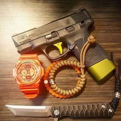 Tactical Life, Edc Tactical, Smith And Wesson Shield, S&w Shield, Edc Bag, Everyday Carry Gear, Shooting Gear, Cool Gear, Guns And Ammo