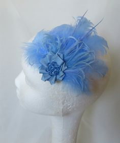 Small Sky Pale Periwinkle Blue Feather & Crystal Vintage Style Hair Clip £11.99