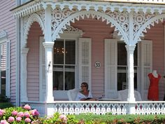 Arched Spandrels This Is One Of The Many Reasons I Love Victorian Houses All Neat Details Lynette Larson Campbell Gingerbread Trim