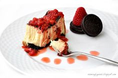 oreo cheesecake fancy Oreo Cheesecake with Strawberry Topping
