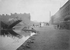 Union Canal, Lochrin Basin and wooden draw bridge Edinburgh Photographic Society Survey of Edinburgh and District, Ward XIV George Square Old Time Photos, Edinburgh Scotland, Scotland Travel, Basin, Image Search, British, Park, City