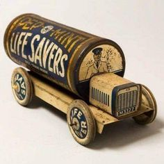Metal Toys, Tin Toys, Wooden Toys, Vintage Tins, Vintage Antiques, Vintage Candy, Tin Containers, Vintage Packaging, Toy Trucks