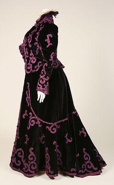 Purple embossed velvet full skirt and opulent jacket. Victorian. Designer: Mme. Jeanne Paquin (French, 1869–1936) Photo: Metropolitan Museum of Art