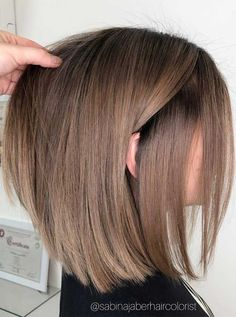short thin hairstyles hairstyles long medium thin hairstyles hairstyles for round faces hairstyles for over 50 bob hairstyles straight Mens Hairstyles Thin Hair, Lob Hairstyle, Long Bob Hairstyles, Medium Thin Hairstyles, Bob Hairstyles Brunette, Short Brunette Hair, Long Bob Haircuts, Lob Haircut, Blonde Hair
