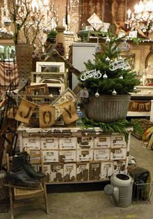 Holiday booth with lots of Vintage Display, Antique Booth Displays, Antique Booth Ideas, Antique Mall Booth, Craft Show Displays, Store Displays, Display Ideas, Market Displays, Window Displays
