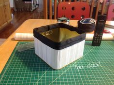 Upcycling a Cookie Tin #DIY #storage #organisation
