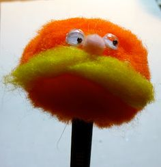 Make it easy crafts: Lorax-like and cuddly bear pencil puppets