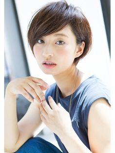 Cute Haircuts, Cute Hairstyles For Short Hair, Short Hair Cuts, Asian Hair Bob, Asian Haircut, Japanese Short Hair, Medium Hair Styles, Short Hair Styles, Multicolored Hair