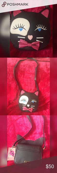 ❤️Betsy Johnson LBLUCY❤️ Betsey Johnson Crossbody bag.❤️ Betsey Johnson Bags Crossbody Bags