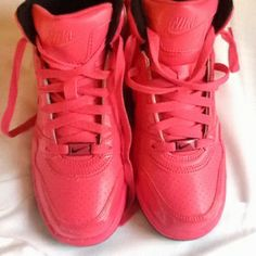 Girly pink nike run shoes      Deals on #Nikes. Click for more great Nike Sneakers for Cheap