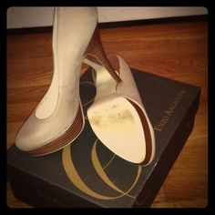 Beige soft suede Enzo Pumps 4 inch beige pumps by Enzo Angiolini. Never have been worn- in pristine condition. These have a wood platform at the toe area and wood heel. beautiful shoe for work & casual dress. Looks great with skirts, dresses and jeans! Enzo Angiolini Shoes Heels