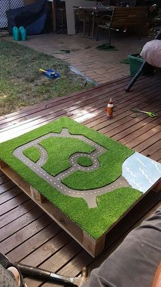 Artificial grass available via www.nl- Kunstgras verkrijgbaar via www.nl Artificial grass available via www. Kids Outdoor Play, Outdoor Play Spaces, Backyard For Kids, Outdoor Fun, Diy For Kids, Outdoor Games, Diy Outdoor Toys, Garden Kids, Outdoor Decor