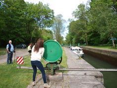 Pasando una esclusa en Charente