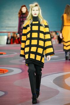 Roksanda Fall 2015 Ready-to-Wear - Collection - Gallery - Style.com