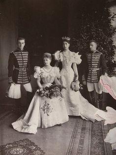 Grandchildren of Queen Victoria and Tsar Alexander II, Queen Marie of Romania (when Crown Princess) and her sister Victoria Melita, Grand Duchess of Hesse.