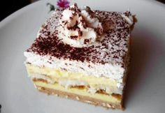 Gesztenyés álom My Recipes, Cake Recipes, Cooking Recipes, Sweet Cookies, Cake Cookies, Cupcakes, Chestnut Cake Recipe, Poppy Cake, Chef Gordon Ramsay