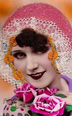 Tube Vintage, Sainte Catherine, Art Populaire, Blue Garden, Artist Trading Cards, Portrait, Vintage Photography, Vintage Images, Vintage Ladies