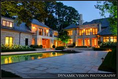Atlanta Luxury Fine Homes - This is a 7 exposure HDR image. Sotheby's International Realty | Atlanta Fine Homes.