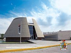 El Museo de Arte de Ciudad Juárez, se construyó en 1963, como parte del Programa Nacional Fronterizo y se abrió al público en 1964 en el periodo presidencial de Adolfo López Mateos. Nombrado inicialmente como Museo de Arte e Historia, albergaba colecciones que mostraban cronológicamente las etapas del arte mexicano, desde las culturas antiguas, hasta las últimas escuelas y tendencias de la época actual. #visitaciudadjuárez