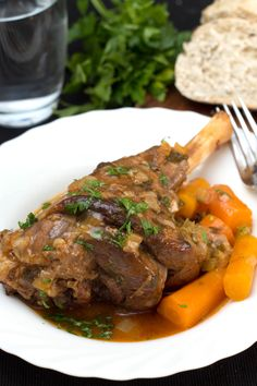 Slow Cooked Lamb Shanks - Erren's Kitchen - This recipe makes a hearty, slow-cooked dish. The succulent lamb meat ends up, melt in your mouth tender! Slow Cooked Meals, Crock Pot Slow Cooker, Crock Pot Cooking, Slow Cooker Recipes, Crockpot Recipes, Cooking Lamb, Crock Pots, Lamb Recipes, Meat Recipes