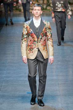 Image issue du site Web http://www.luxo.co.za/website/admin/UserFiles/Image/queens%20plate/Boyfriend-Magazine-Dolce-Gabbana-fw2013-Israel-Men-Fashion3.jpg