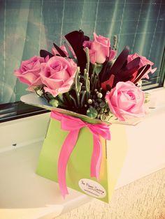 Cut Flowers, Wooden Boxes, Flower Arrangements, Gift Wrapping, Gifts, Wood Boxes, Gift Wrapping Paper, Wooden Crates, Floral Arrangements