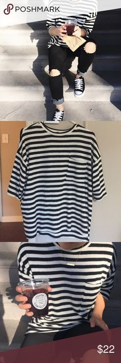 ✨PM EDITOR PICK✨ ZARA Striped Top Worn once • oversized • soft fuzzy outer material Zara Tops Tees - Short Sleeve