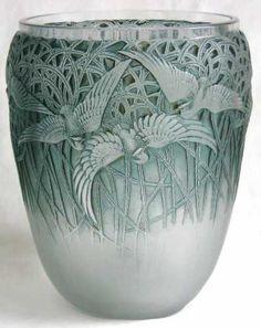 Aigrettes Vase c.1926 - Wheel-Cut R Lalique
