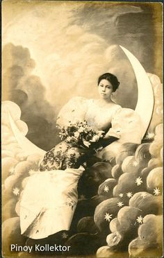Pinoy with a heart of a collector Photo Postcards, Vintage Postcards, Filipino Fashion, Philippine Women, Philippines Culture, Filipino Culture, Filipina Beauty, Filipiniana, Beauty Around The World