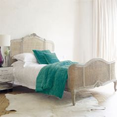 Lugano Kingsize Bed : Graham & Green