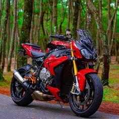 Bmw Motorbikes, Bmw Motorcycles, Bike Bmw, Biker Boys, Bmw S1000rr, Sportbikes, Street Bikes, Bike Life, Vehicles