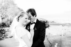 Bridal Couple at the River Elbe in Jork, Altes Land  Torben Röhricht Wedding Photography