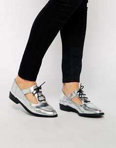 83b9e67a New Look Kraftwork Cut Out Silver Brogue Shoes #Shinyoxfordshoes Zapatos  Oxford, Aberturas, Botas