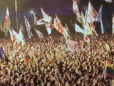 Kasabian crowd closing Glastonbury 2014