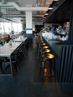 Bar #Quindici Beaugrenelle, tabourets Nicolle - by VACEMI june-14