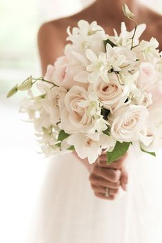 Beautiful pink and white wedding bouquet. This bouquet gives your wedding that soft romantic touch.