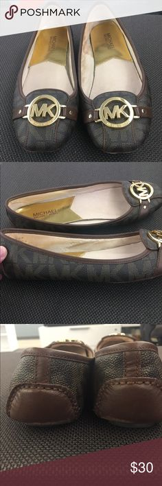 Michael Kors Fulton Logo Moccasin These are great staple shoes for all occasions. They're very comfy and timeless. Only selling them because I am downsizing my closet. There is minimal wear in the heel (please review photos!). I don't have a box unfortunately. Michael Kors Shoes Flats & Loafers