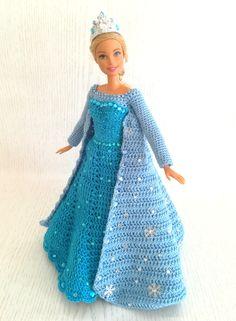 Moda Barbie, Barbie Dolls Diy, Barbie Clothes Patterns, Crochet Barbie Clothes, Barbie Dress, Girl Doll Clothes, Vintage Barbie Clothes, Crochet Barbie Patterns, Crochet Doll Dress
