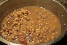 Perfect black eyed peas are super easy to make in your own kitchen. This savory recipe has served me well for years and yields perfect peas every time! Antipasto Recipes, Pea Salad Recipes, Frozen Black Eyed Peas Recipe, Easy Black Eyed Peas Recipe Crock Pot, Southern Black Eyed Peas, Canned Black Eyed Peas Recipe Southern, Southern Greens, Blackeyed Pea Recipes, Cooking Black Eyed Peas
