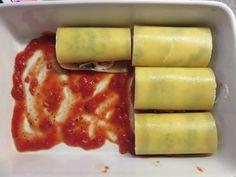 Van de zomer had ik bij een vriendin hele lekkere lasagne rolletjes gegeten. Ik vond ze zo lekker dat ik ze thuis nog een keer heb gemaakt zodat ik het recept met jullie kon delen. Wat heb je nodig…