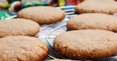 Svéd gyömbéres keksz paleora komponálva 1. ... a svéd gyömbéres keksz az egyik kedvenc nem palós kekszem volt. Tavaly az ünne... Paleo, Muffin, Cookies, Breakfast, Food, Crack Crackers, Morning Coffee, Biscuits, Essen
