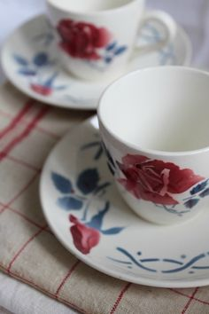 Tasses et sous-tasses Janine