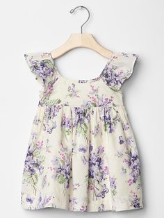 Baby dresses & rompers from Gap are cute and comfortable for your active baby girl. Shop a variety of colors and prints to find the perfect baby girl dress. Baby Girl Fashion, Toddler Fashion, Toddler Outfits, Kids Outfits, Kids Fashion, Little Girl Dresses, Girls Dresses, Baby Dresses, Dress Girl
