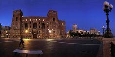 Taranto_ Palazzo del Governo e la Rotonda sul Mare.