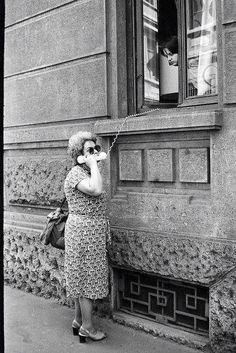 Old school WhatsApp---just adorable!!!  Naše drage Gospice prije odlaska na plac!!!