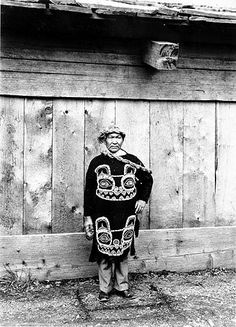 Tlingit man wearing traditional dress and headpiece, Wrangell, Alaska, June :: American Indians of the Pacific Northwest -- Image Portion North American Tribes, American Indians, Indian Tribes, Native Indian, Wrangell Alaska, Native American Artwork, Tlingit, Aboriginal People, Pictures Of People