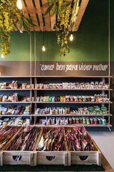 Artwork For Home Decoration Pharmacy Design, Retail Design, Mini Mercado, Tienda Natural, Discount Interior Doors, Supermarket Design, Vegan Cafe, Fruit Shop, Cafe Interior Design
