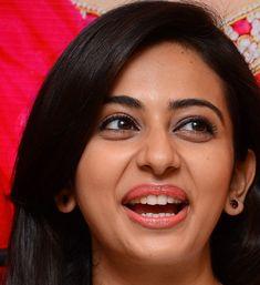 Top 10 Face Close Up Photos Of Rakul Preet Singh Indian Actress Bollywood Actress Hot Photos, Indian Actress Photos, South Indian Actress, Beautiful Indian Actress, Indian Actresses, Cool Face, Pretty Face, Sexy White Dress, Face Expressions