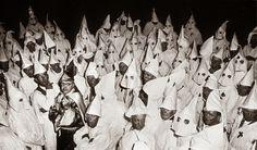 Ku Klux Klan (KKK) es el nombre adoptado por varias organizaciones de extrema derecha en Estados Unidos, creadas en el siglo XIX