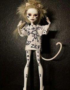 Yolandi Visser, Die Antwoord, Custom Monster High Dolls, Turn Blue, Dream Doll, A Perfect Circle, Doll Repaint, Green Day, Ideas